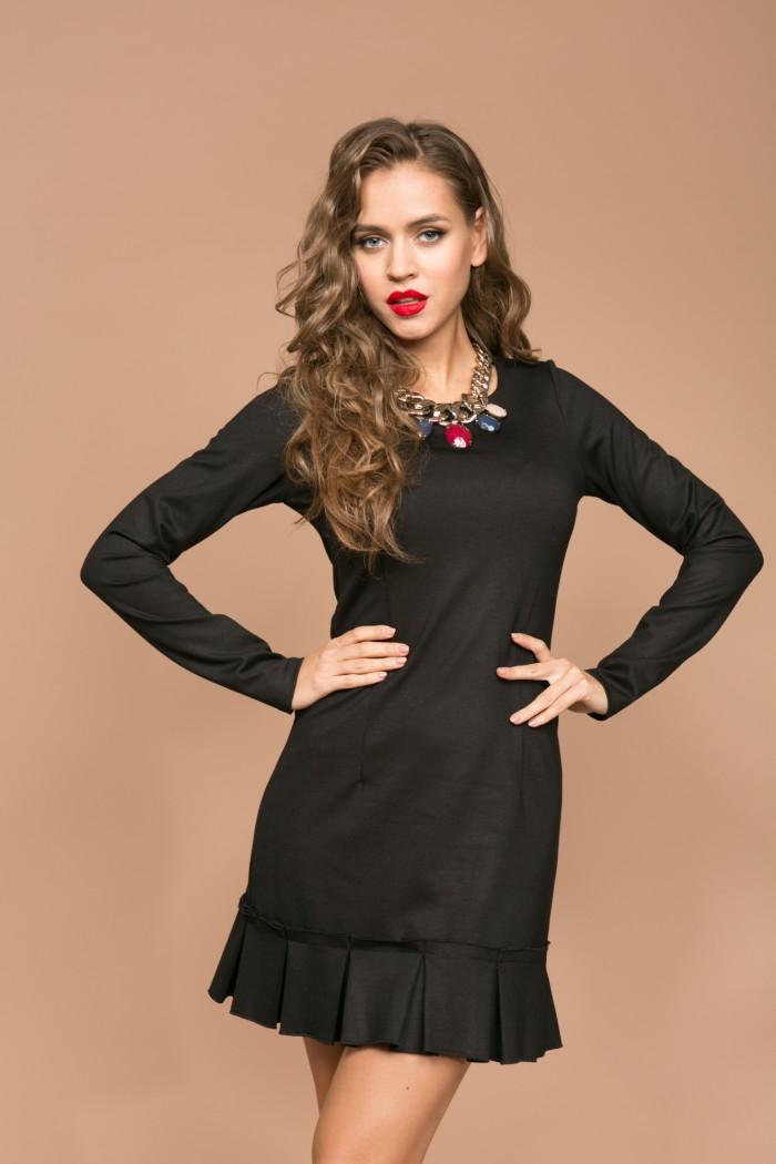 059 платье черное