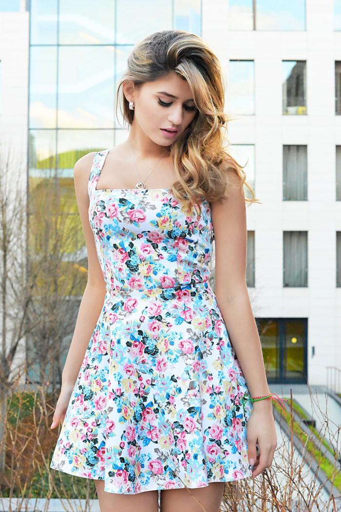 033 Платье-сарафан мини