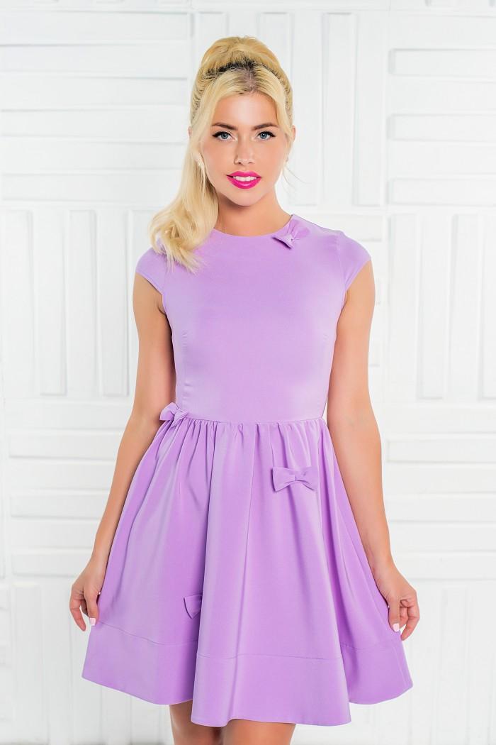 091 платье лавандовое отдекорировано бантиками