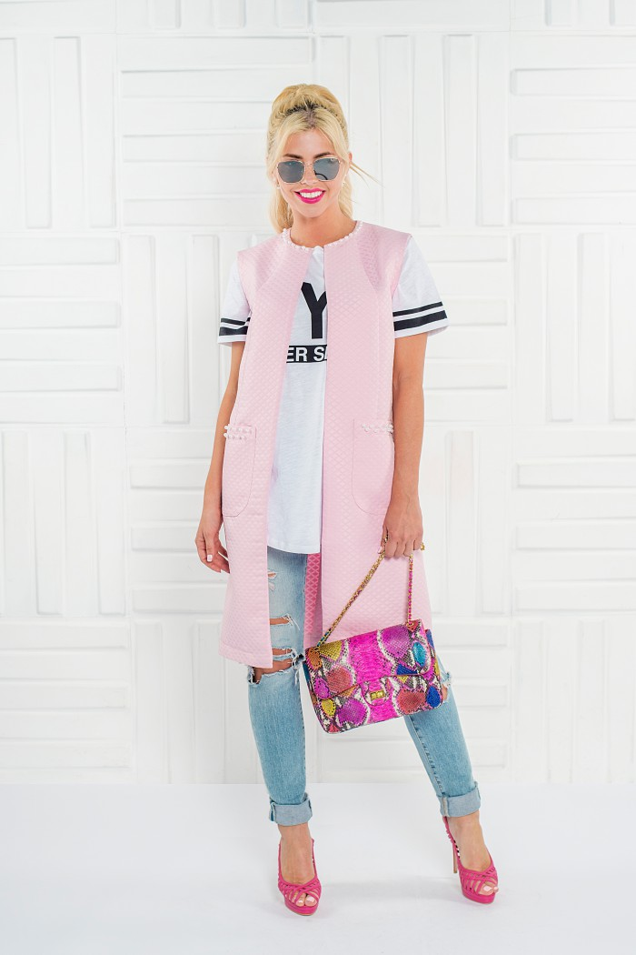 096 жилет розовый