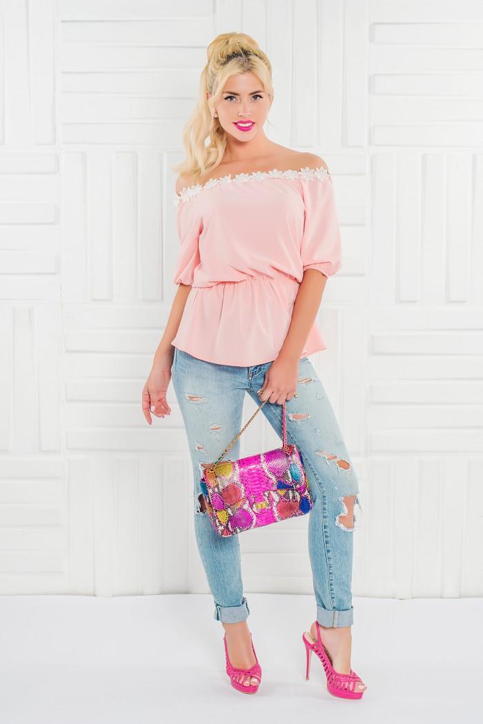 095 блузка персиковая