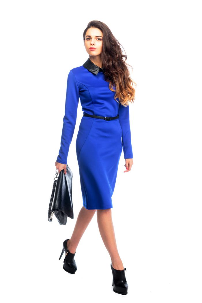 085 Платье васильковое с кожаным воротником